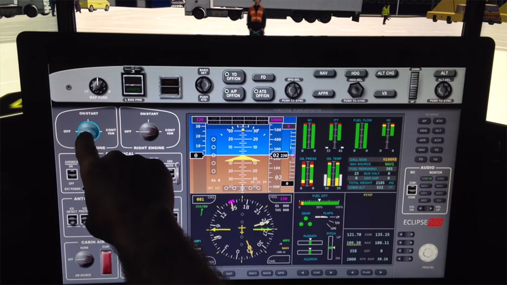 Control the flight simulator with your touch screen monitor